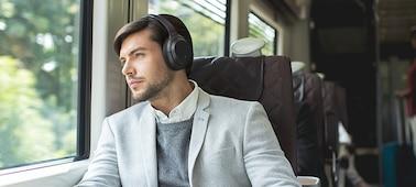 Ảnh của Tai nghe không dây có công nghệ chống ồn WH-1000XM3