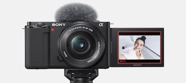 Hình ảnh sản phẩm ZV-E10 khi đèn báo hiệu màu đỏ sáng lên, với khung màu đỏ trên màn hình LCD