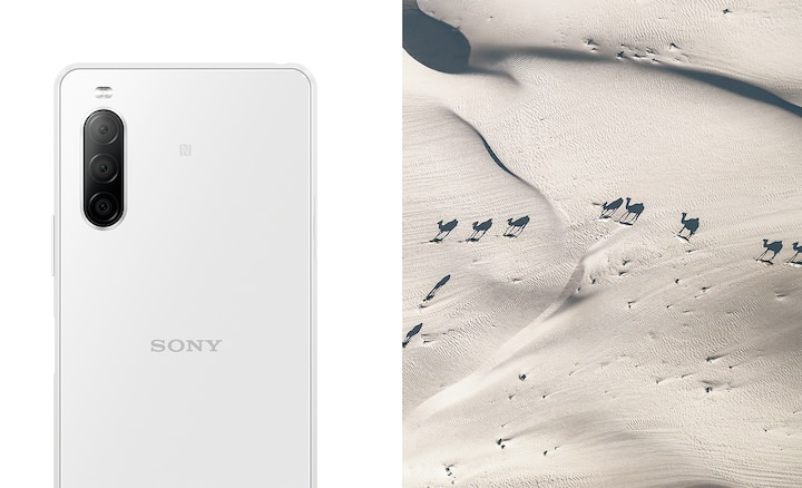Xperia 10 II màu trắng